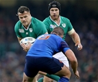 Cian Healy is supported by Sean O'Brien as he takes the ball into contact Credit: ©INPHO/Dan Sheridan