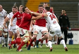 Munster skipper CJ Stander closes down Craig Gilroy during the tense finish at Thomond Park Credit: ©INPHO/Ryan Byrne