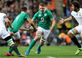 Conor Murray and Iain Henderson link up as Ireland make an encouraging start against the Springboks Credit: ©INPHO/Billy Stickland