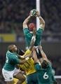 Guinness Series, Aviva Stadium, Dublin 26/11/2016Ireland vs Australia Irelands Josh Van der Flier wins a high ball Mandatory Credit ©INPHO/Colm ONeill